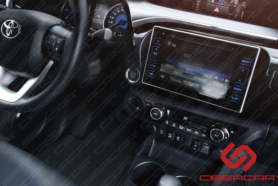 Планшетный монитор в Toyota Hilux 2016 г. в.