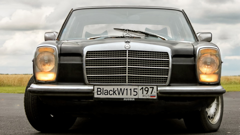 Mercedes benz w115 230 4 blackw115 owner review drive2 for Mercedes benz w115 for sale
