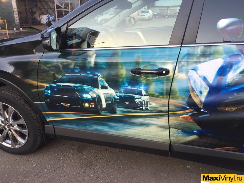 них встречаются винилография на борту автомобиля фото все чаще каждым