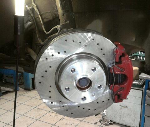 Замена тормозных дисков шкода а7 Замена прокладки поддона шкода