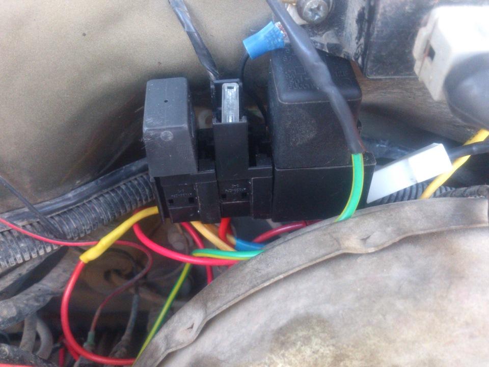 Провода пока не прибрал в гофру летом этим займусь.