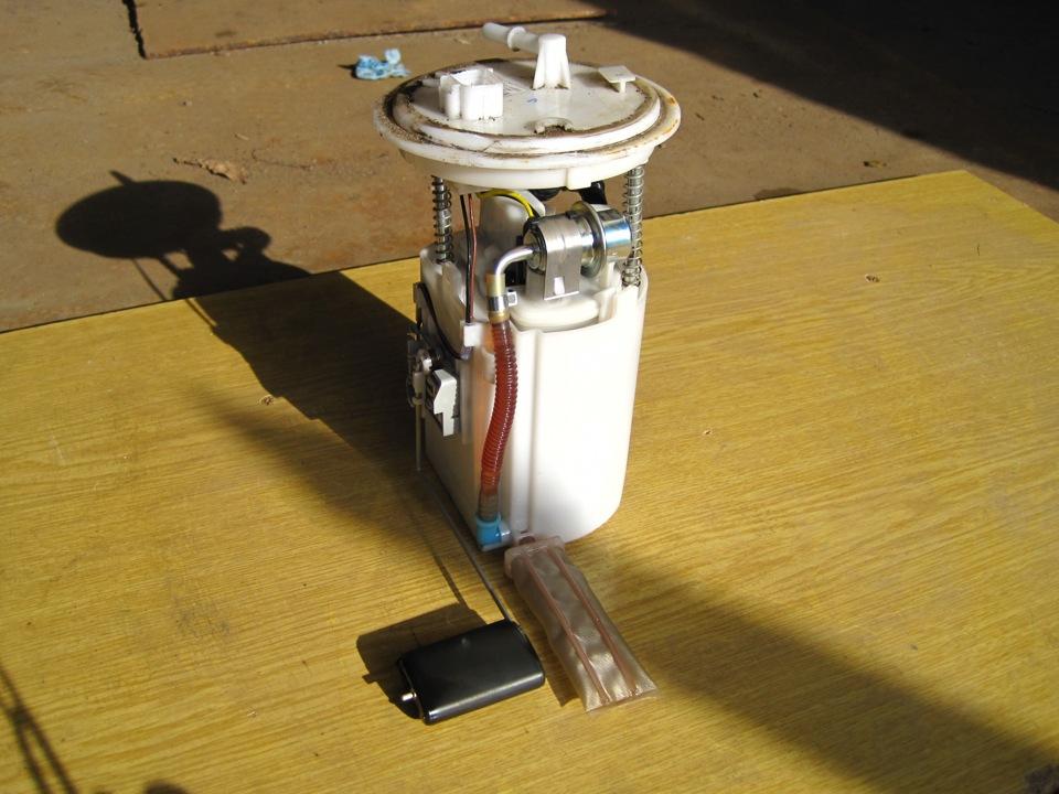 Топливный фильтр элантра где находится