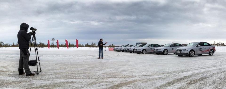 Павел берет интервью у Audi A4))))
