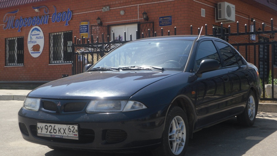 митсубиси каризма 1998 год турбодизель