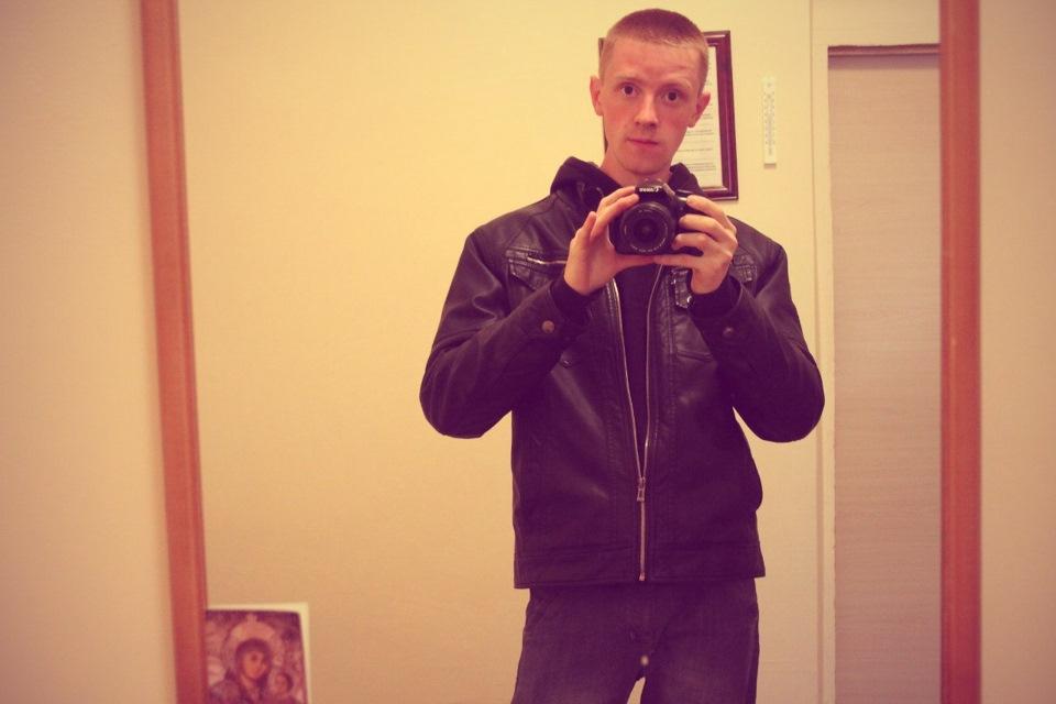 Ищу девушку на работу в москву тренч от burberry