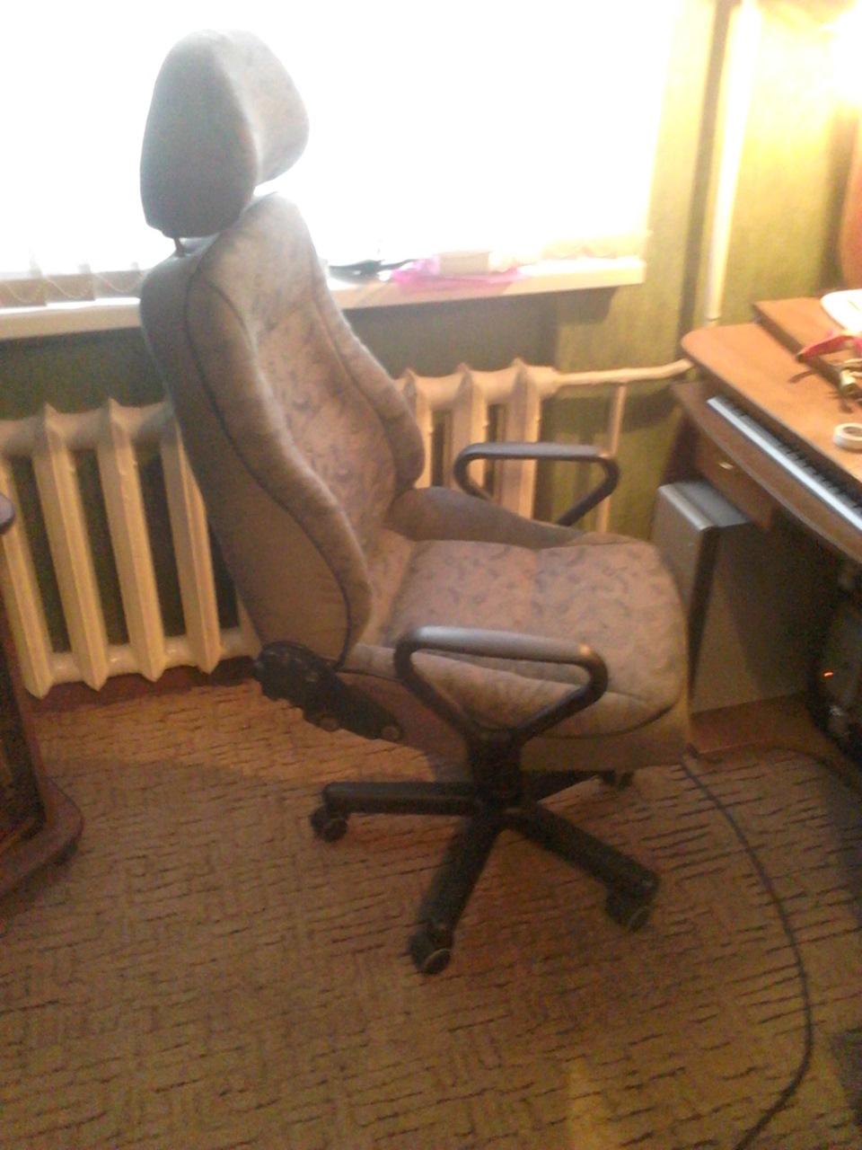 Кресло качалка из автомобильного сидения