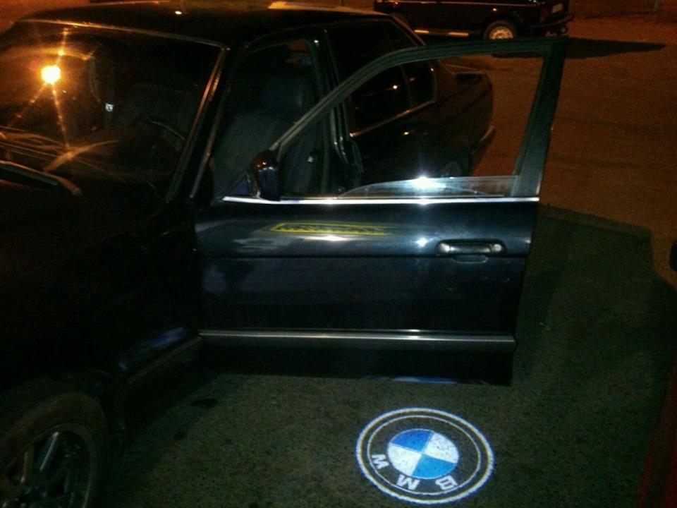 Проектор логотипа в двери автомобиля BMW (БМВ) Premium 38x16mm 7W