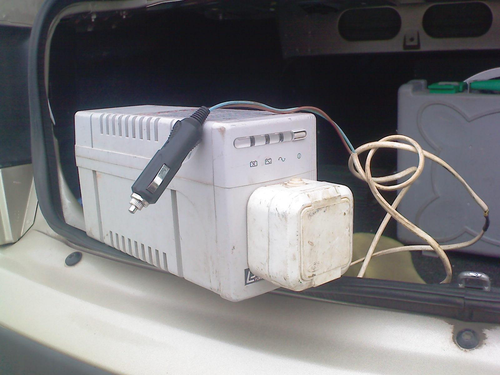 Как сделать 220 вольт в машине