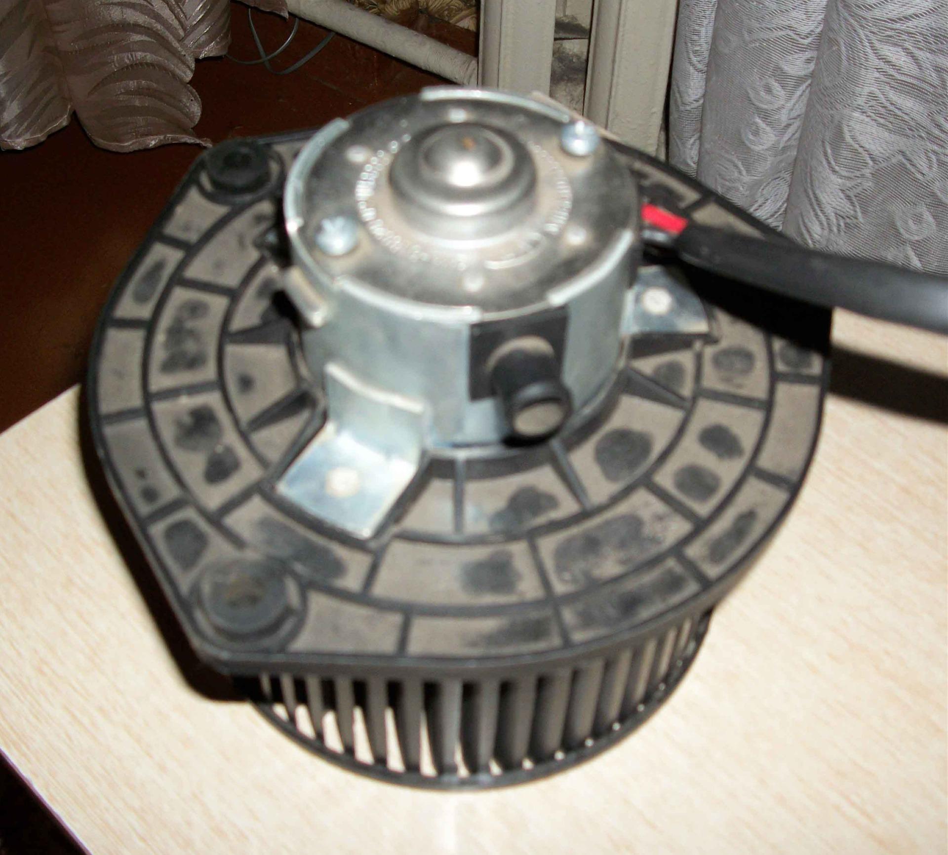 Схема блока управления двигателем sr20di