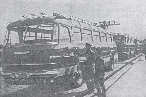 Партия новых автобусов Ikarus 55 прибывает в Киев