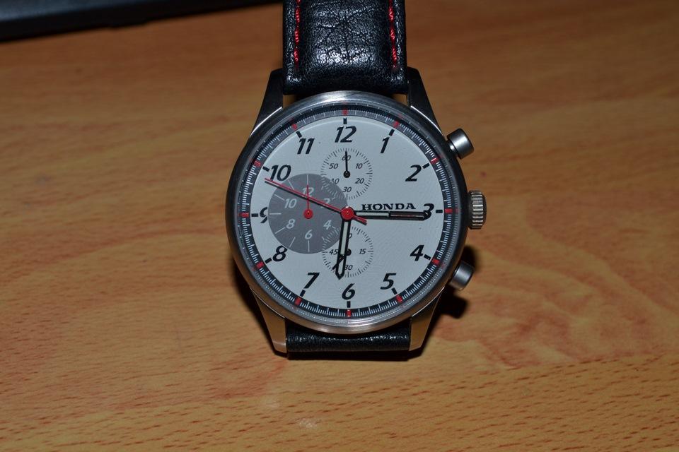 Наручные часы хонда