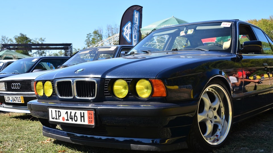 Bmw 5 series 1994 for Bmw living style