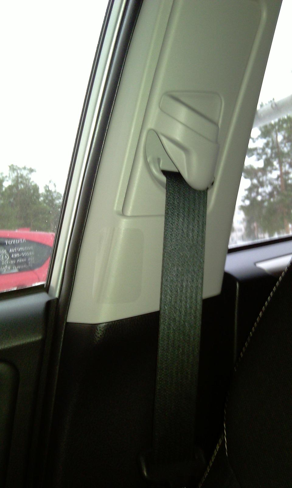 Ремонт стойки двери автомобиля