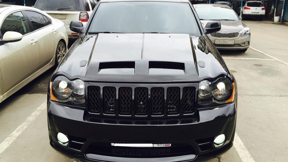 jeep grand cherokee srt 8 american bad ass drive2. Black Bedroom Furniture Sets. Home Design Ideas