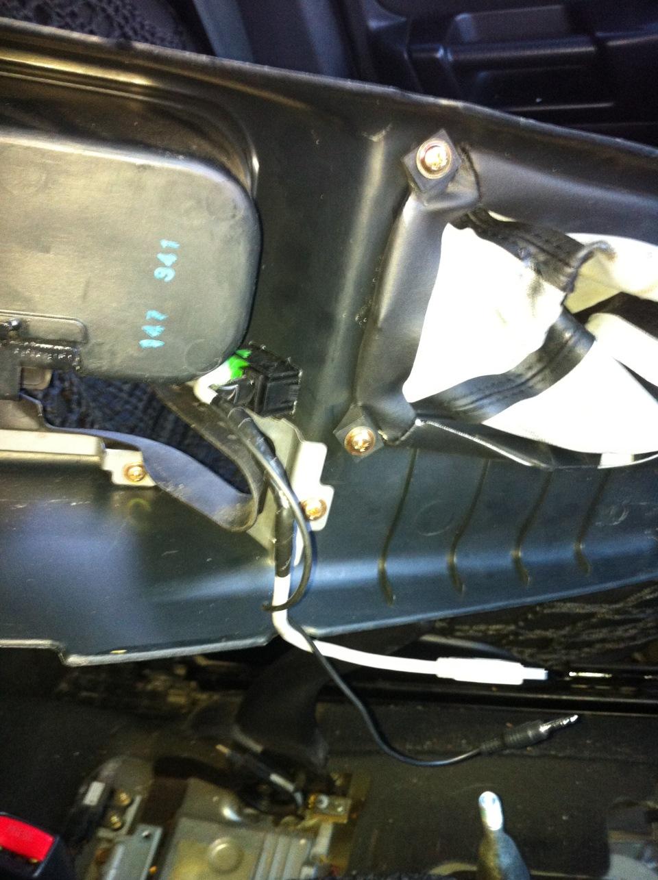 """""""штатный"""" USB & AUX входы — бортжурнал Mitsubishi Pajero ... проходимец"""