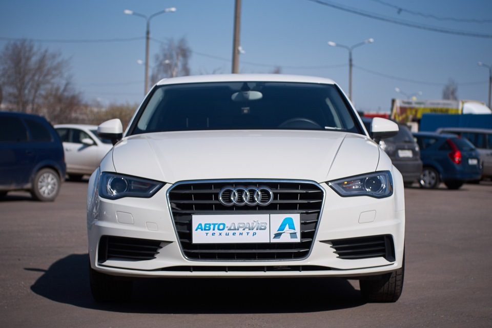 Audi A3 Sedan после кузовного ремонта. Вид спереди.