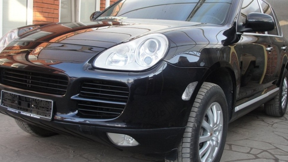 В Москве водителем Porsche была обстреляна девушка