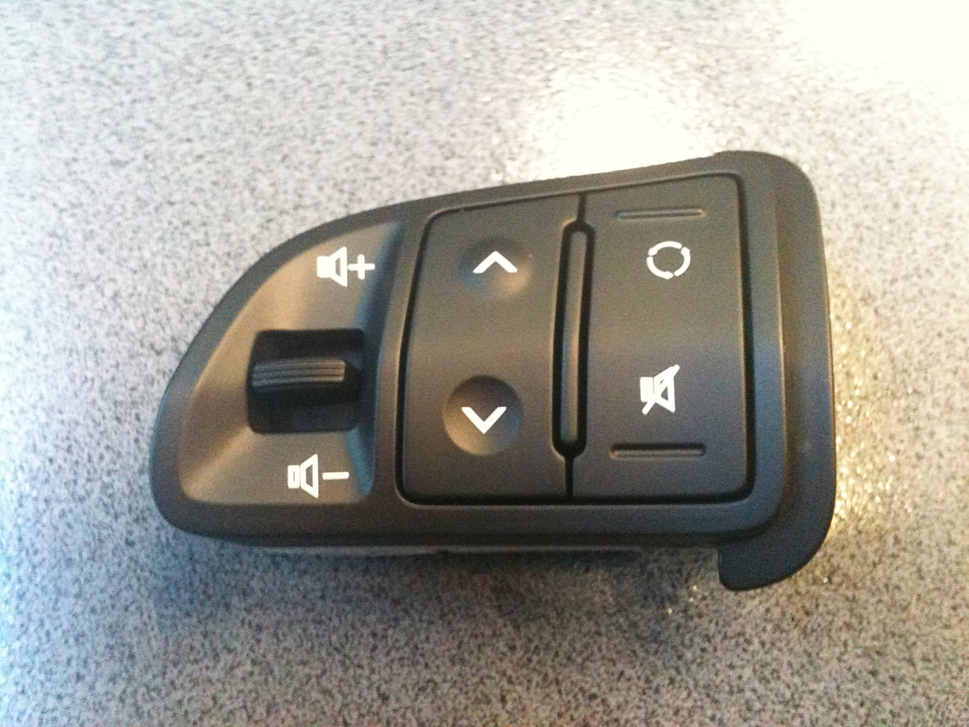 Кнопки на руль своими руками