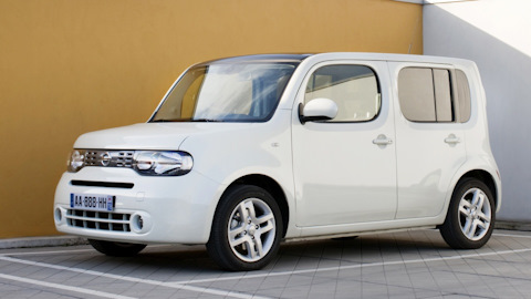 nissan cube car reviews from actual car owners with. Black Bedroom Furniture Sets. Home Design Ideas