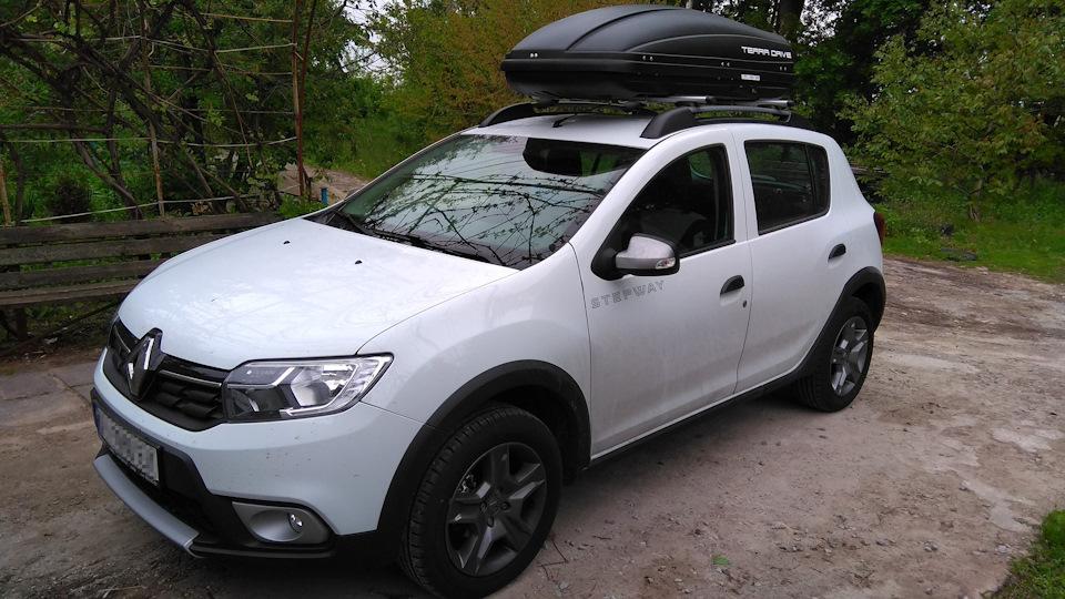 Багажник на крышу Renault Sandero Stepway хэтчбек с рейлингами