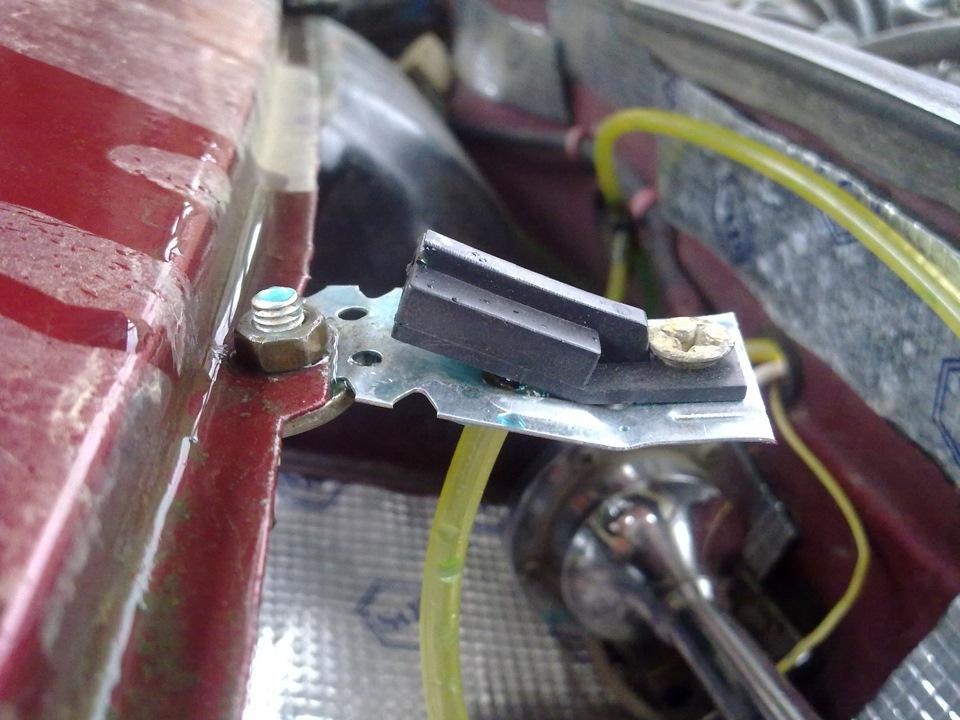 Фото №3 - форсунки омывателя лобового стекла ВАЗ 2110