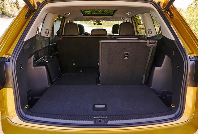 Volkswagen Teramont 2017 - цена, технические характеристики-Volkswagen, teramont, 2017-Volkswagen Teramont 2017 - цена, технические характеристики-o-markah-фото-2017
