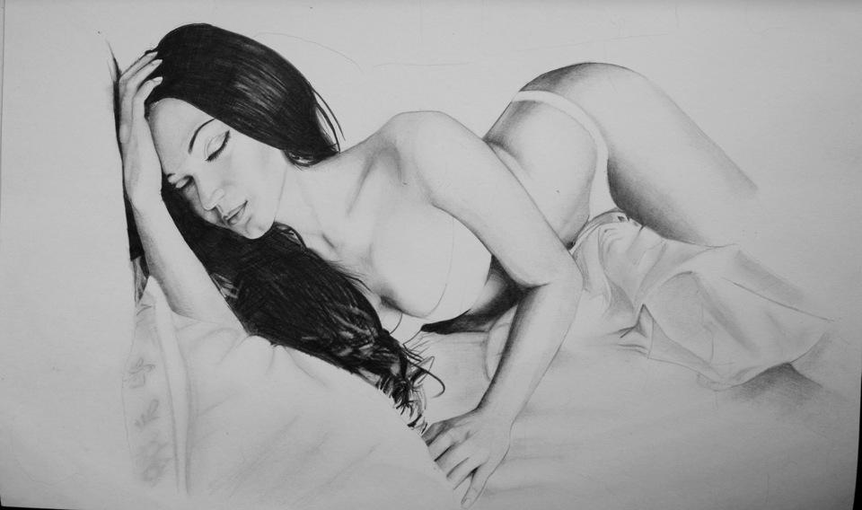 рисунки девушки в нижнем белье карандашом