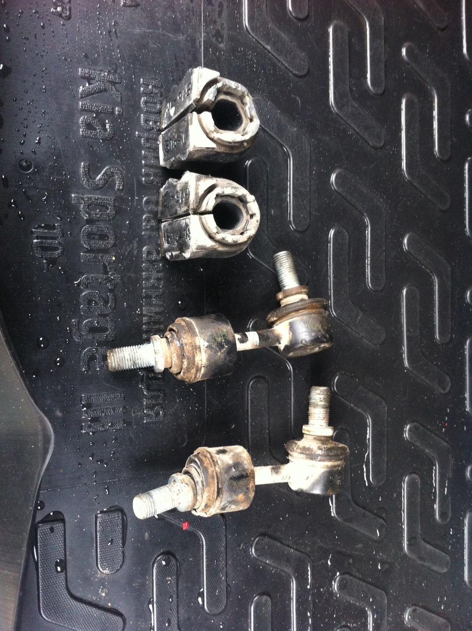 Замена втулок стабилизатора на киа спортейдж 2 своими руками