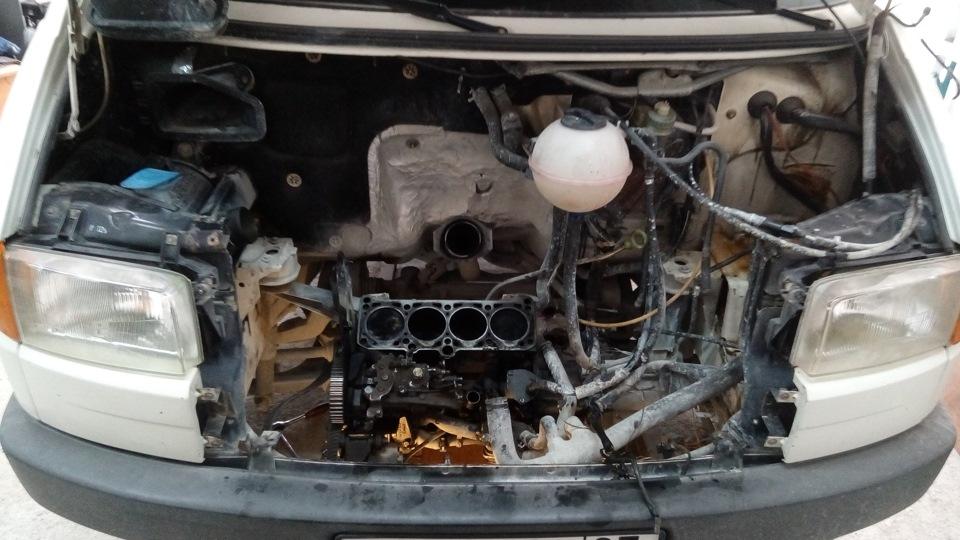 Фольксваген транспортер ест масло крепление запасного колеса фольксваген транспортер