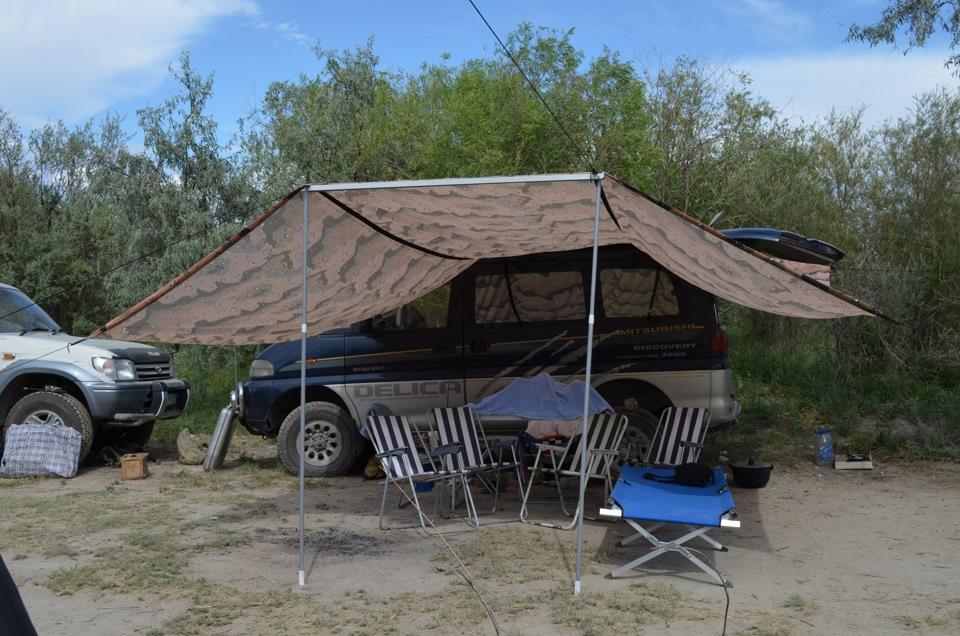 Палаточный лагерь на берегу реки – отличный летний отдых Навес на берегу реки Часть 1