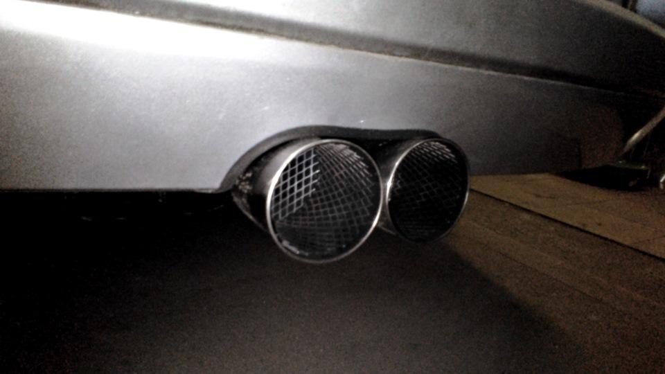 renault megan 2 пахнет выхлопными газами