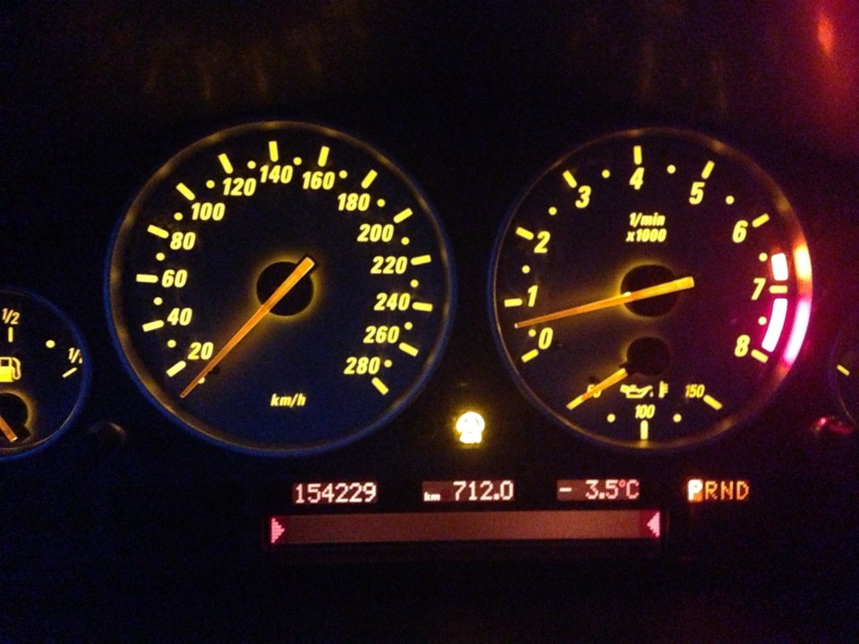 замена датчик угла поворота руля BMW x5 e53