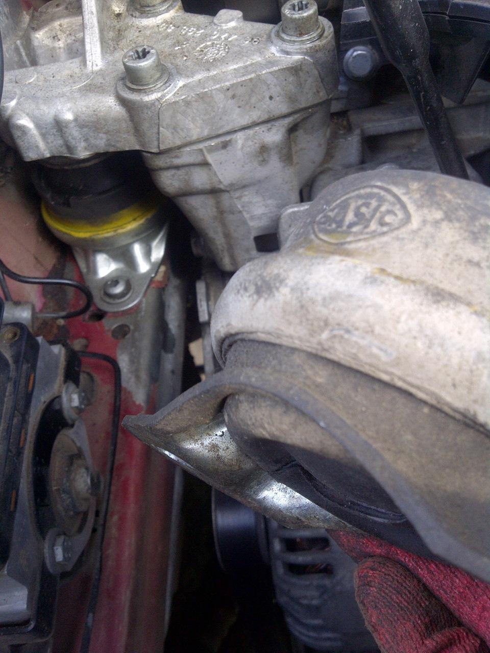сколько стоит подушка двигателя на ситроен ц5