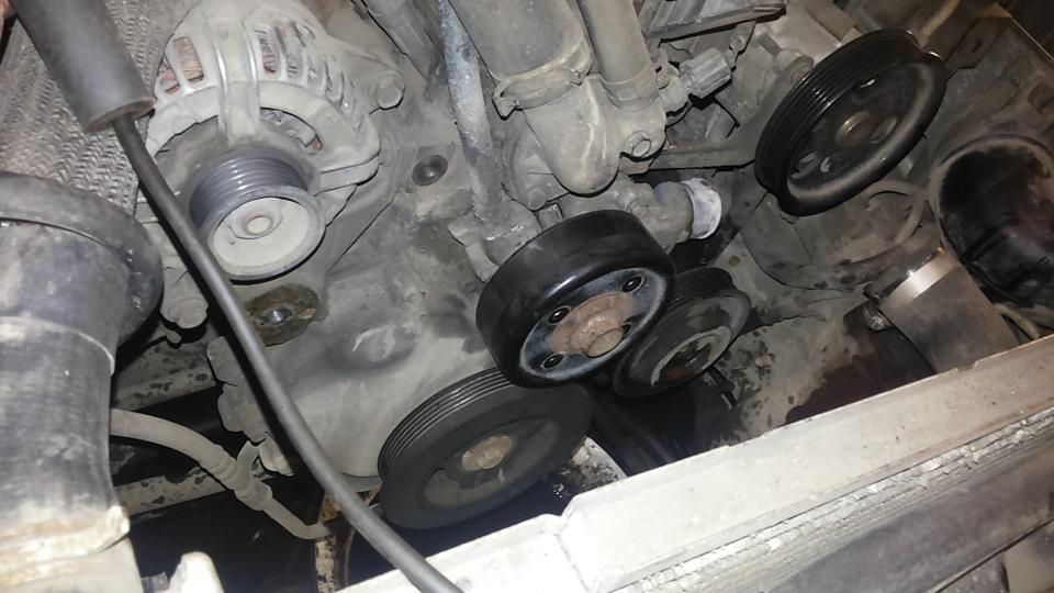 Замена натяжителя приводного ремня jeep Замена подшипника audi