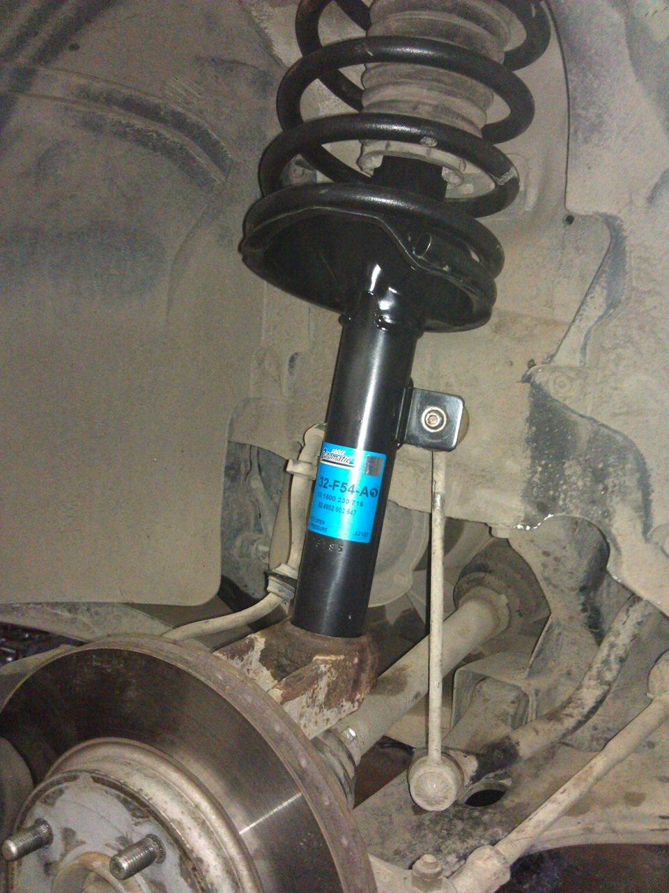 Замена задних амортизаторов на форд фокус 2