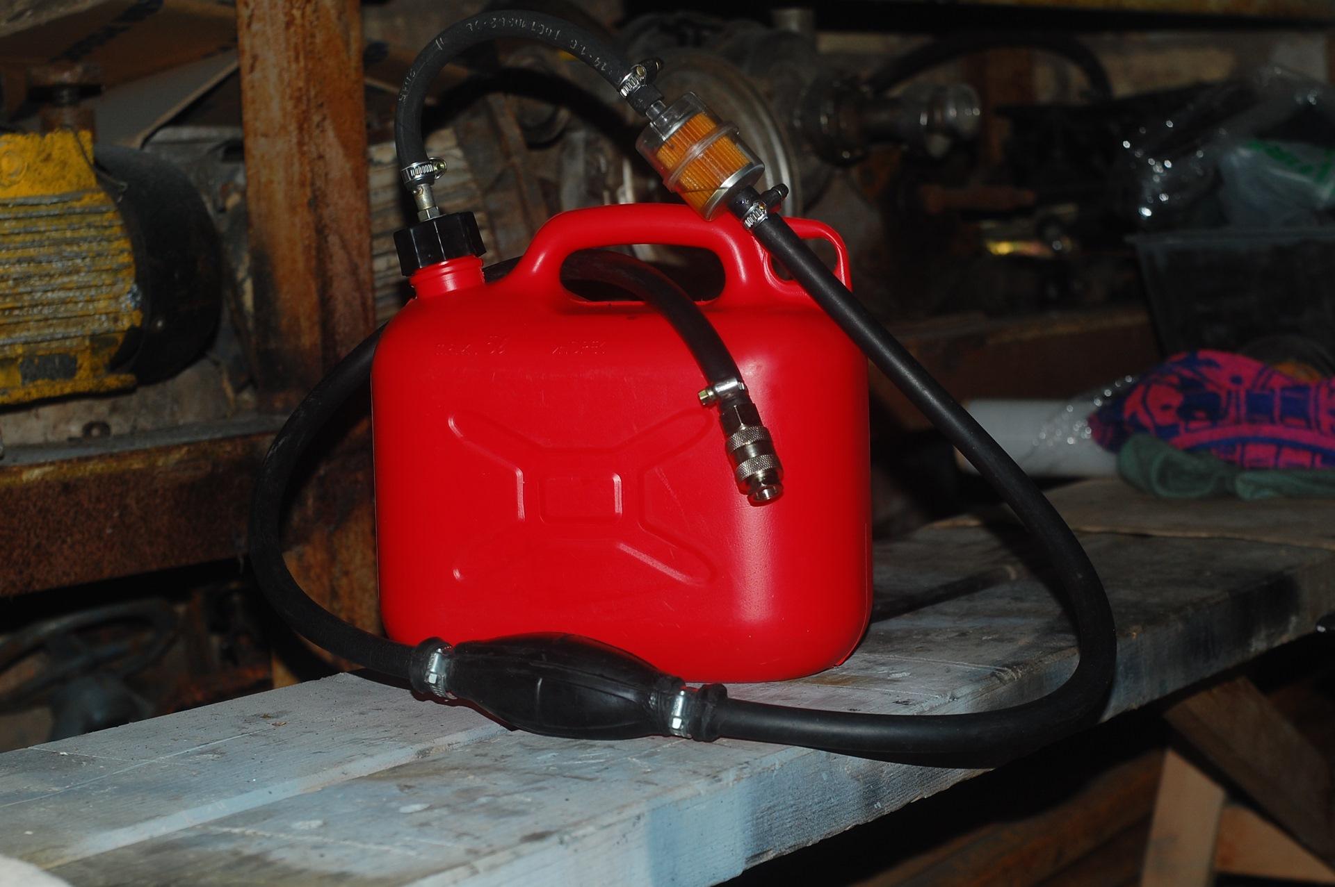 Бензо бак на лодочный мотор