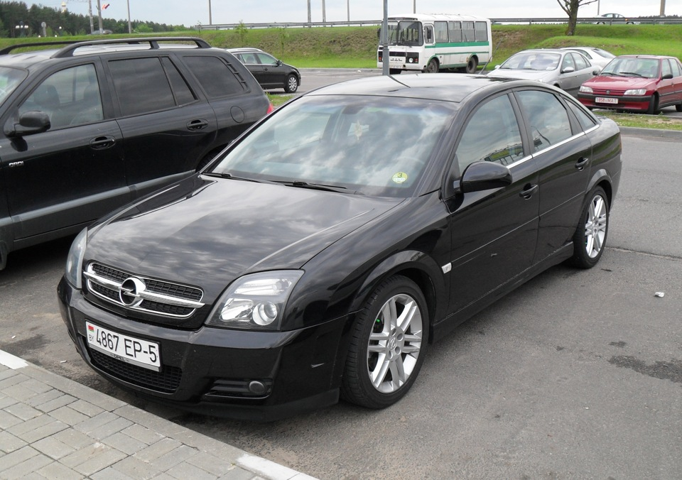 Opel vectra gts black drive2 for Opel vectra c salonas