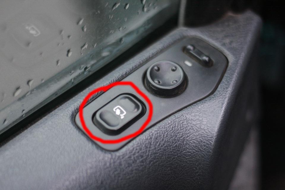 peugeot 806 задняя дверь стучит при езде