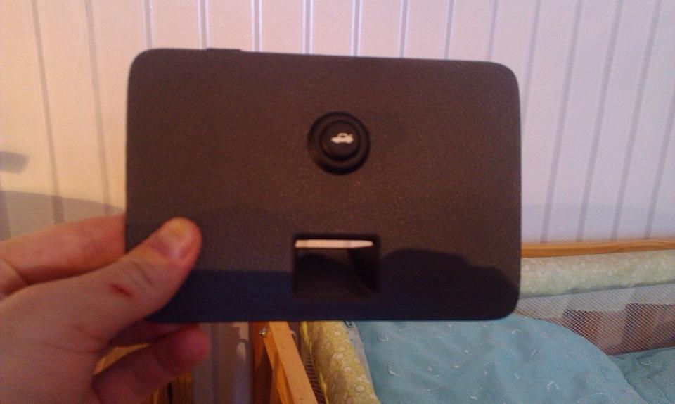 Кнопка багажника шевроле кобальт своими руками