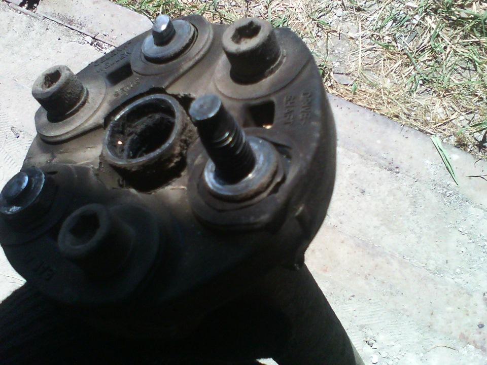 Замена эластичной муфты кардана форд эксплорер Замена переднего тормозного диска шевроле авео