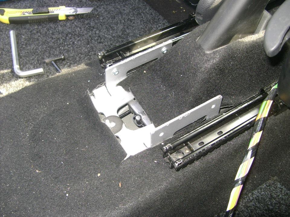 Подлокотник для рено дастер своими руками фото