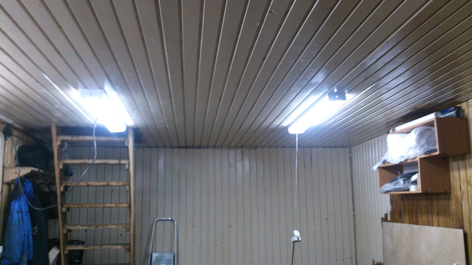 Как сделать лампы в гараже 525