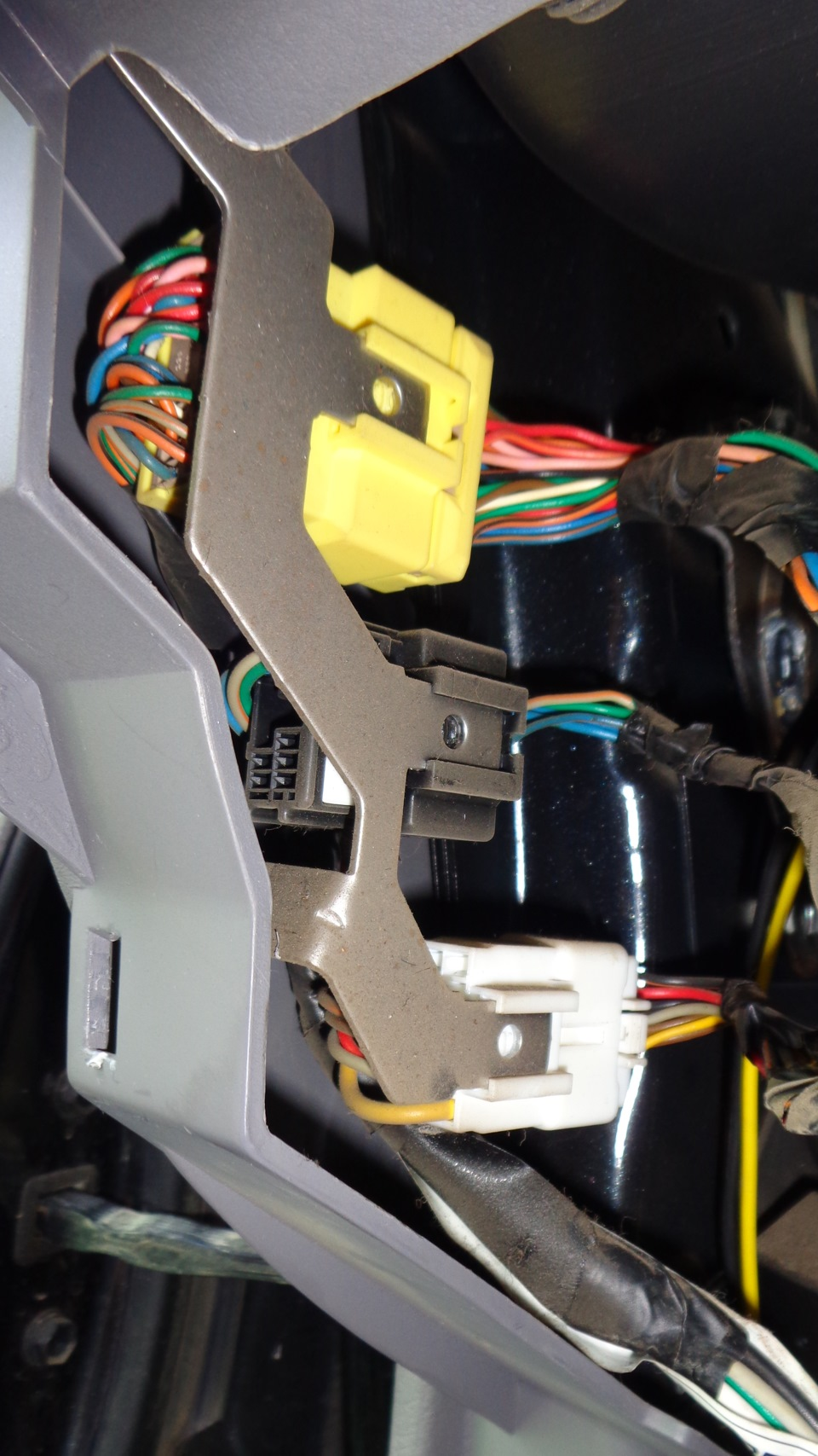 внутренняя схема реле эптф в аавто