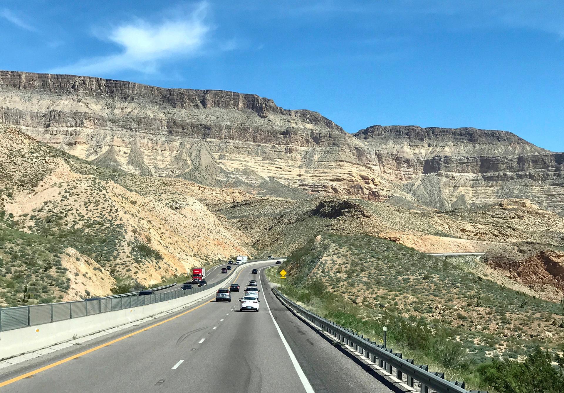 состояла девяти фото дорог америки выделены четыре