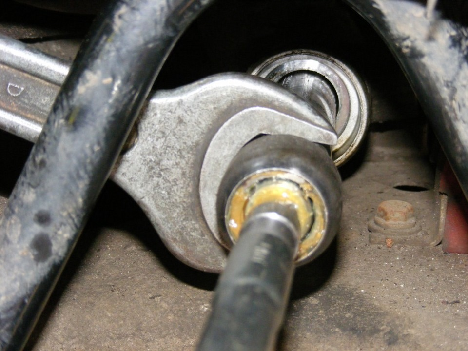 Замена рулевого наконечника
