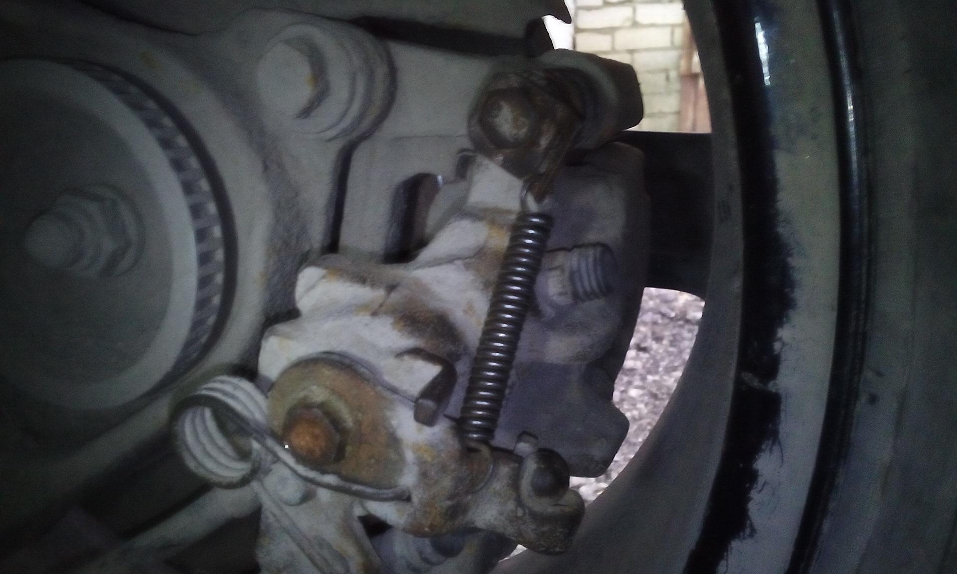 Не работает ручник на транспортере купить фольксваген транспортер бу т5 в краснодарском крае