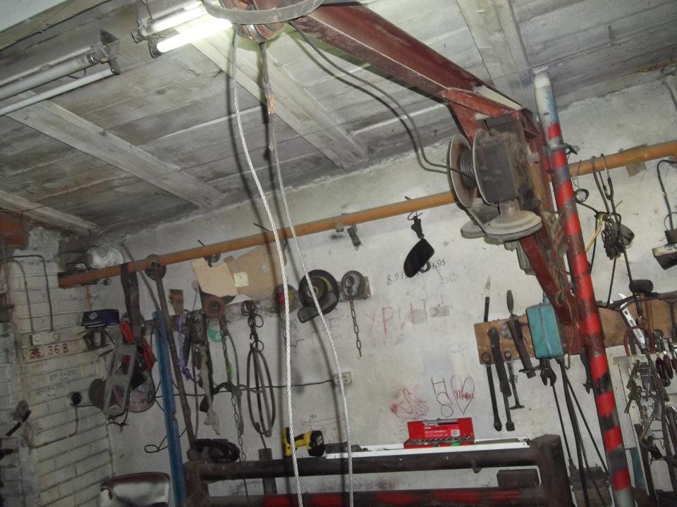 Кран балка в гараже 70