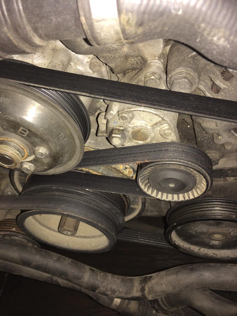 схема роликов и натяжителей у двигателя м 54