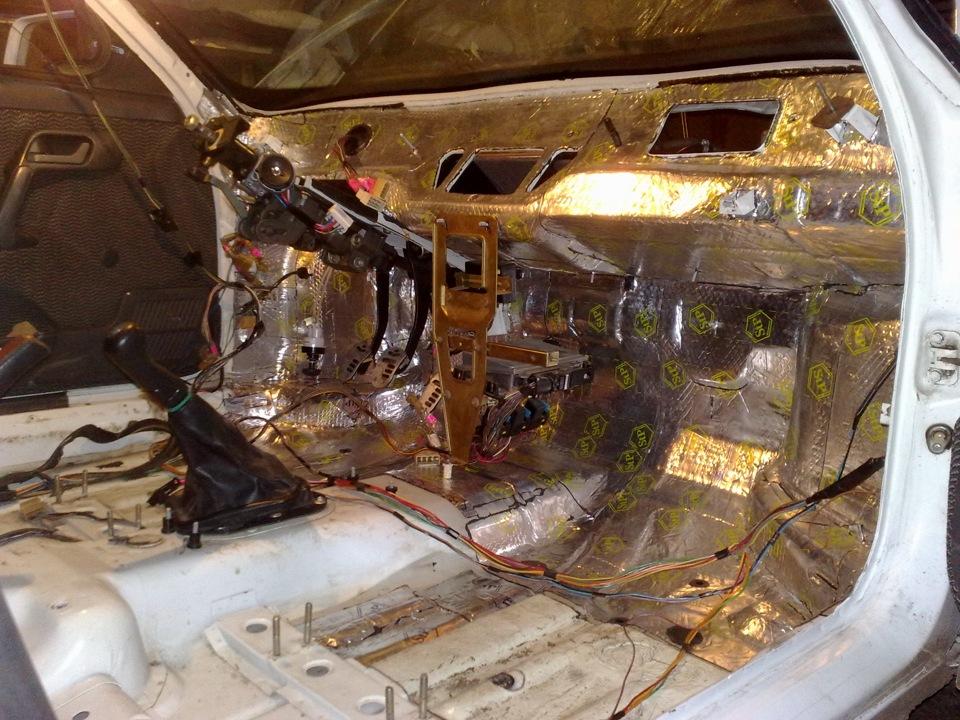 Фото №5 - шумоизоляция моторного отсека ВАЗ 2110