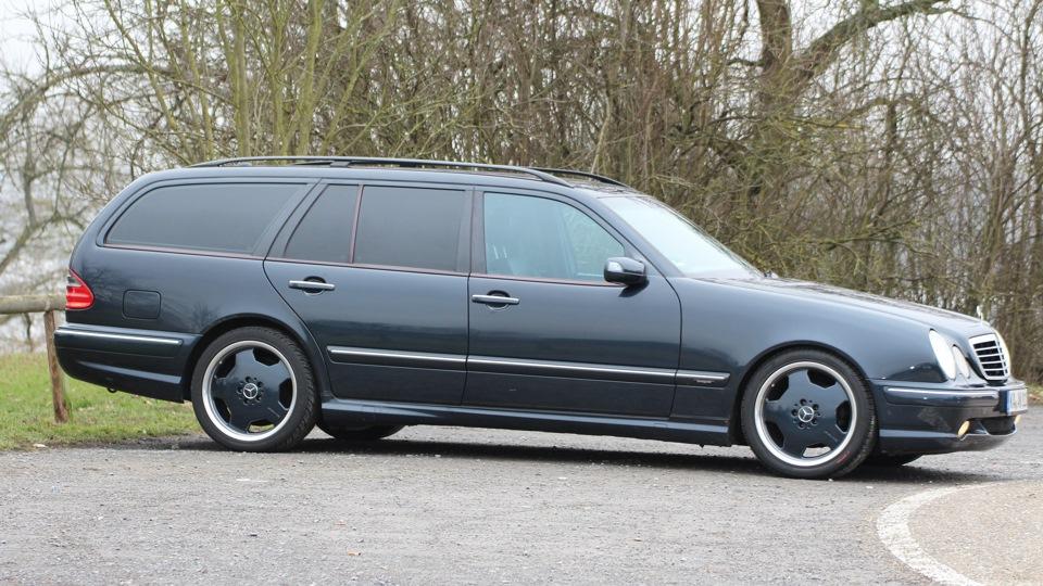 Mercedes benz e class 320 cdi drive2 for Mercedes benz e class 320